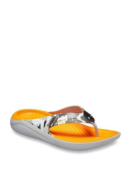 acecbb542fde Buy Crocs Kadee II Graphic Light Grey   Black Flip Flops for Men at ...