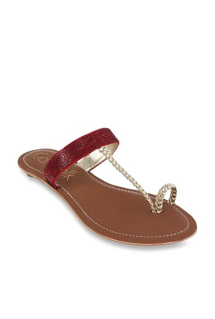 782a8e9f3c3d Buy Catwalk Red   Golden Toe Ring Sandals for Women at Best Price   Tata  CLiQ
