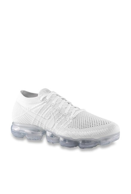 Buy Nike Air Vapormax Flyknit White Running Shoes for Women at Best Price    Tata CLiQ b85ff2ebc423