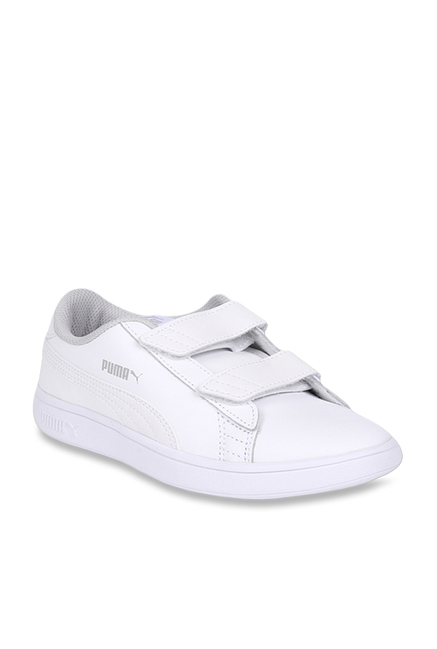 8bed12d914 Buy Puma Kids Smash V2 L V PS White Sneakers for Boys at Best Price ...