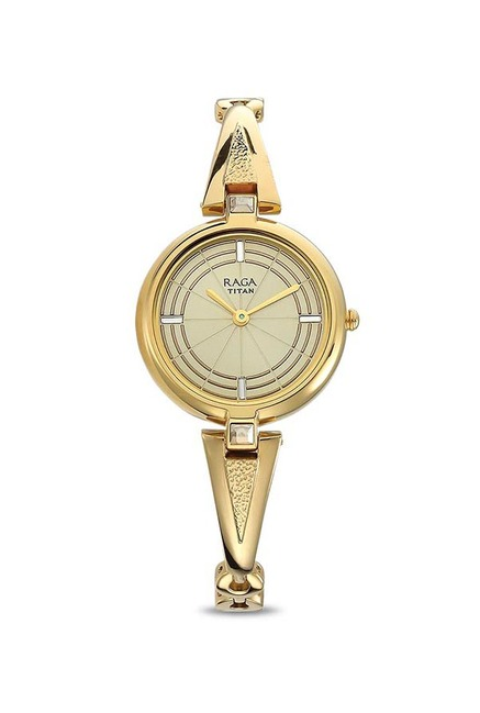Buy Titan 2581ym01 Raga Espana Analog Watch For Women With Bracelet Combo At Best Price Tata Cliq