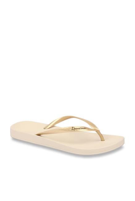 82d75c13d759 Buy Ipanema Anatomic Fem Golden   Beige Flip Flops for Women at Best Price    Tata CLiQ