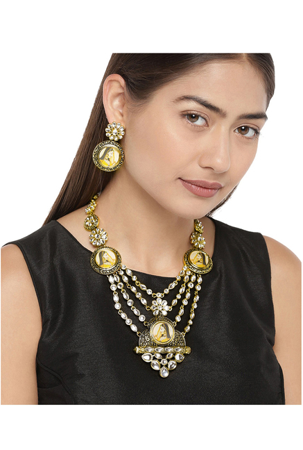 bb7750b1bf5d8 Buy Zaveri Pearls Clear & Golden Alloy Necklace & Earring Set Online ...