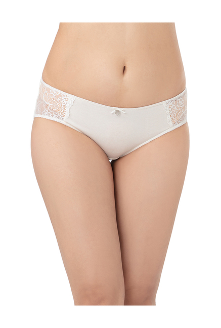 e816eca529823e Buy PrettySecrets White Lace Hipster Panty for Women Online   Tata ...