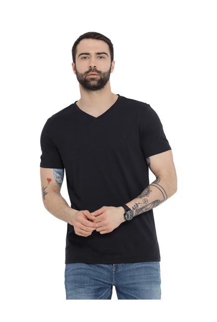 9bd8334f2e70 Buy United Colors of Benetton Black V Neck T-Shirt for Men Online @ Tata  CLiQ