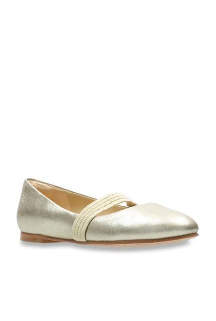 db8ffdd1e6a Buy Clarks Grace Faye Golden Mary Jane Shoes for Women at Best Price   Tata  CLiQ