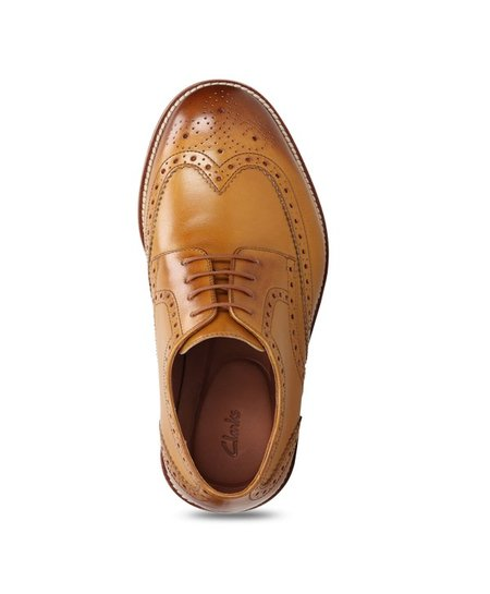 completar Separación sitio  Clarks James Wing Tan Brogue Shoes from Clarks at best prices on Tata CLiQ