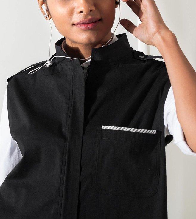 7d6c7834740f4 Buy Nicobar Black Sleeveless Safari Jacket for Women Online   Tata ...