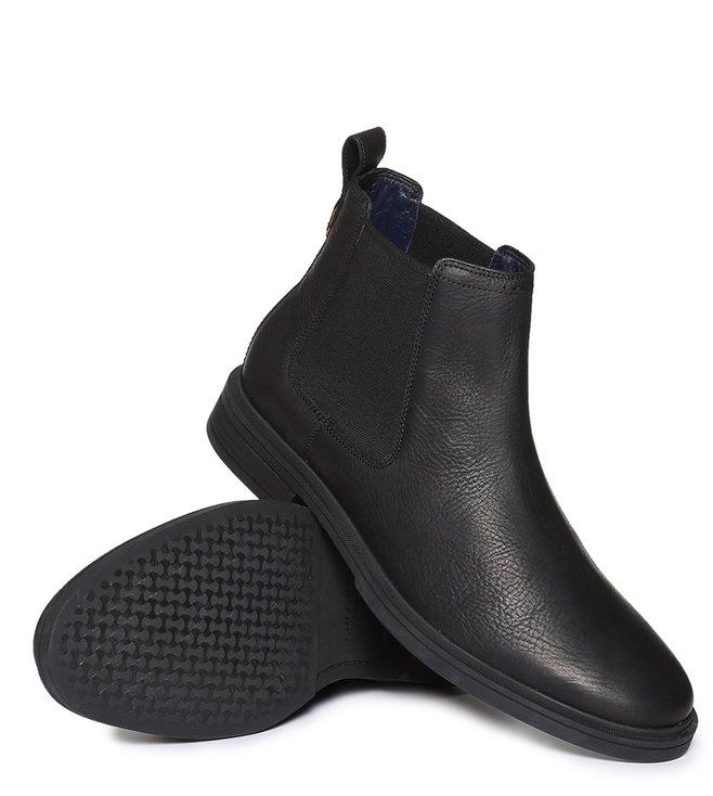0520fd7ff0a Buy Cole Haan Black Bernard Chelsea Boots for Men Online   Tata CLiQ ...