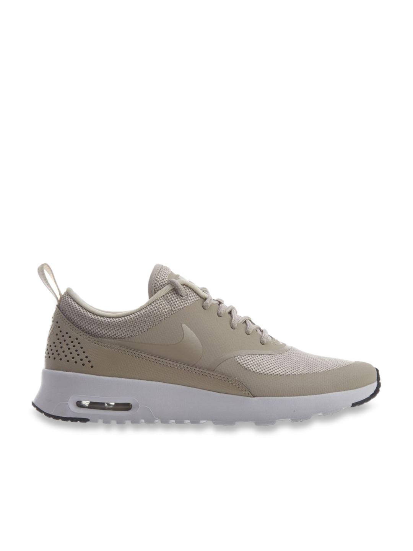 nike beige running shoes