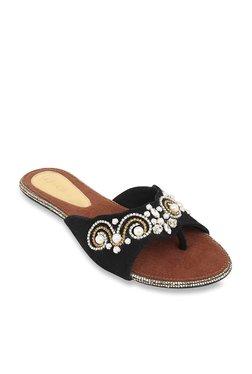 f2635ebc00940 Catwalk Black Ethnic Sandals