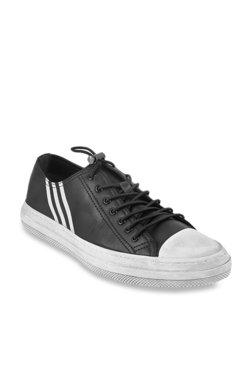 4cd3837123c7 Da Vinchi by Metro Black   White Sneakers