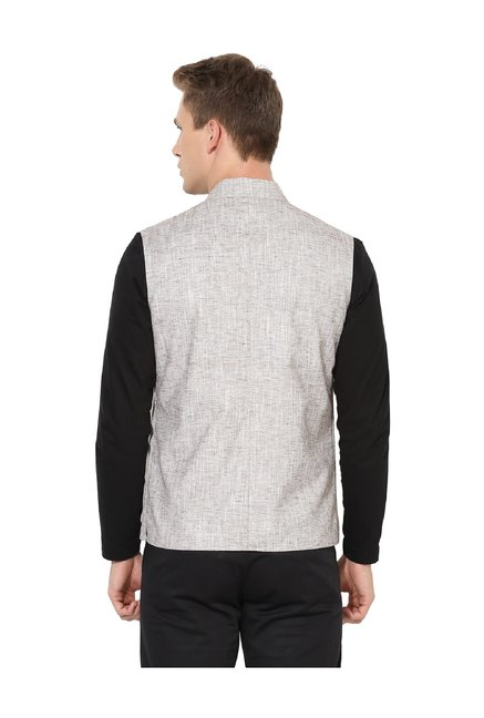 a21e559c3af48 Buy Red Tape Brown Sleeveless Nehru Jacket for Men Online   Tata CLiQ