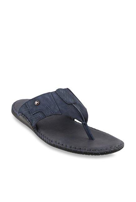 67942f79c Buy Mochi Navy Thong Sandals for Men at Best Price   Tata CLiQ