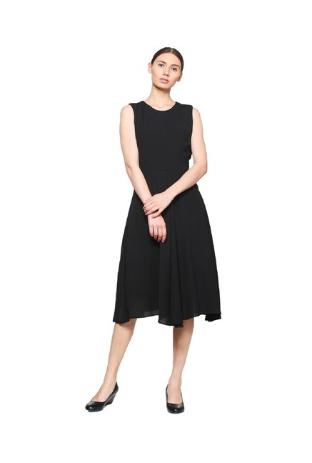 Buy Van Heusen Black Regular Fit Below Knee Dress for Women Online   Tata  CLiQ cbc7c26a2