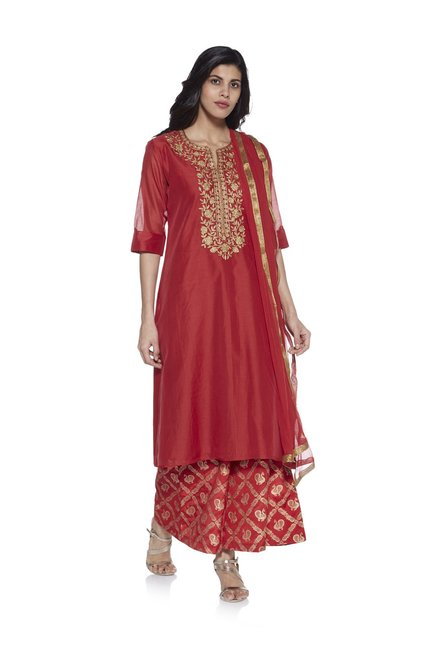 cc4bd3cead73 Buy Vark by Westside Red Kurta And Printed Palazzo Ethnic Set for Women  Online   Tata CLiQ