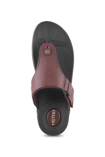 6b9f8c8783a0 Buy Metro Brown Thong Sandals for Men at Best Price   Tata CLiQ