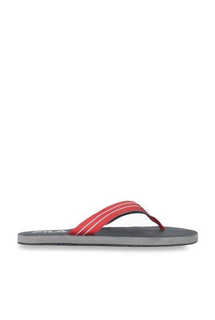 1ab62b9edd92a4 Buy Fila Eddy Red   Navy Flip Flops for Men at Best Price   Tata CLiQ