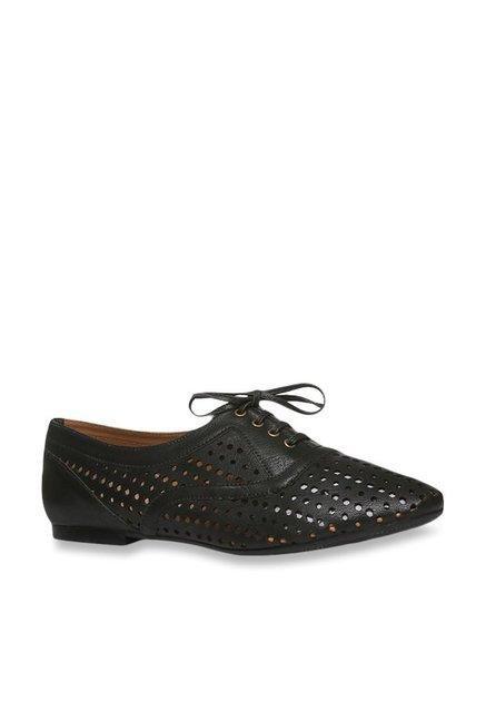 Buy Footin by Bata Black Oxford Shoes