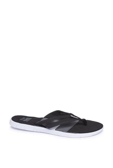 2063968e40304 Buy SOLEPLAY by Westside Black Color-block Flip-Flops for Men Online   Tata  CLiQ