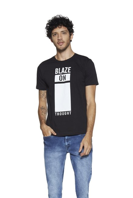 e4a31d0d1 Buy Zudio Black Typographic Print T-Shirt for Men Online @ Tata CLiQ