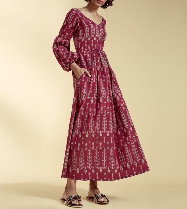 a39e9ec2d138 Buy IYLA Maroon Ikat Print Maxi Dress for Women Online @ Tata CLiQ ...