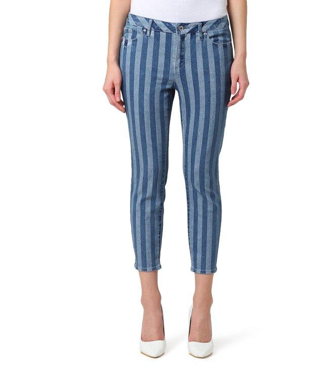 7b3601f75f10 Buy Armani Exchange Denim Mid Rise Super Skinny Fit Jeans for Women ...