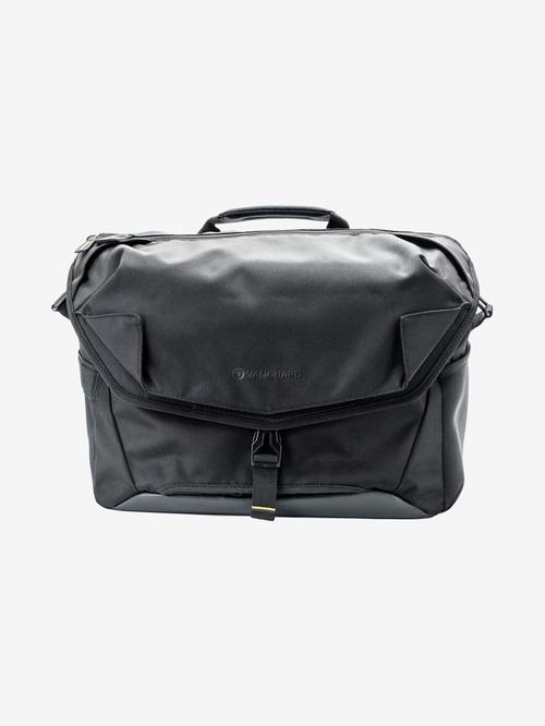 Vanguard Alta Access 38X Messenger Camera Bag  Black