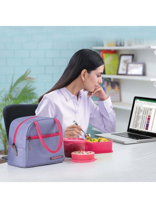 Tupperware Pink Plastic Lunch Box Set