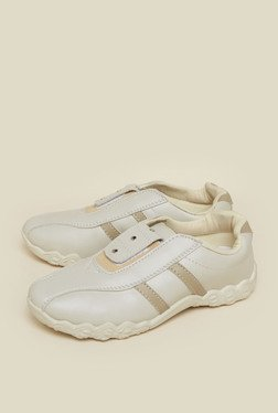 Upto 50% Off On Zudio Casual Shoes Starts From Rs.349 low price image 2