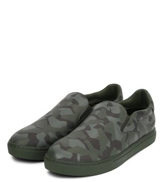 80fa5a00c810 Armani Exchange Camo Climbing Textured Sneakers